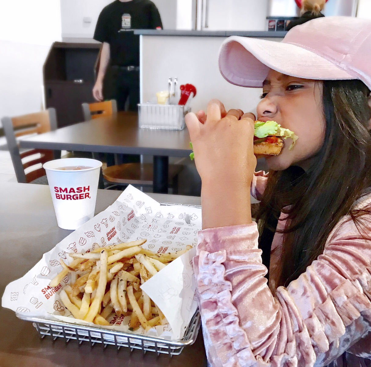 Kids eat free Charlotte, smash burger Charlotte