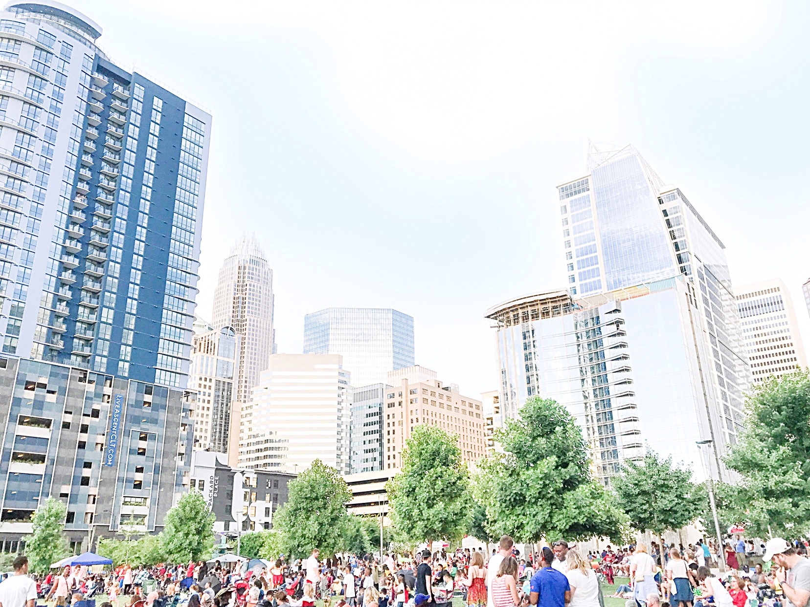 Explore uptown Charlotte, Romare Bearden Park, Free things to do with your kids this summer I'm Charlotte