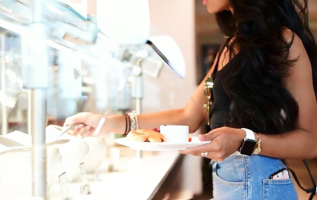 AC Hotel Charlotte, AC Hotel Marriott, Liyah Simone Dam, AC Hotel breakfast bar