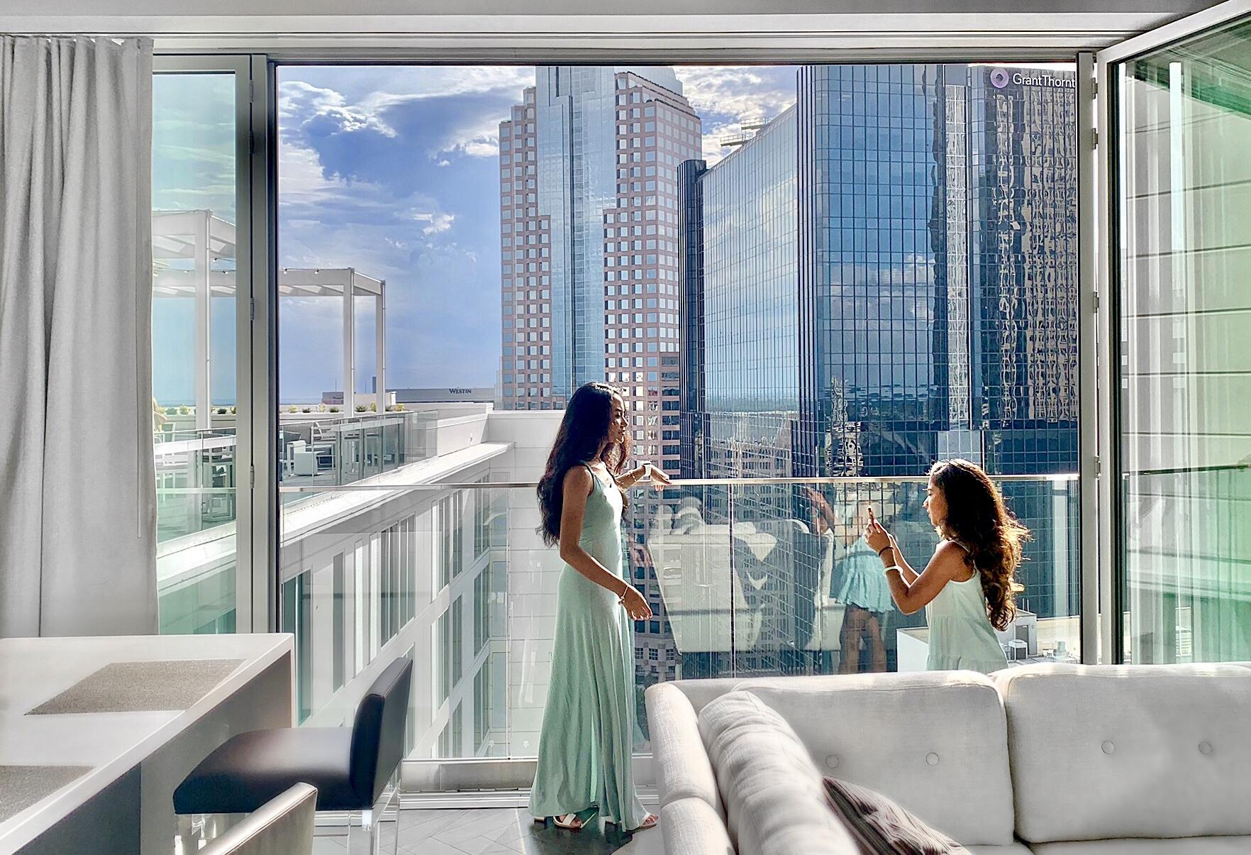 AC Hotel Charlotte, AC Hotel Marriott, Nuvolé Rooftop Twenty Two, Charlotte blogger, AC Hotel views, Nuvolé Twenty Two Penthouse Suite,